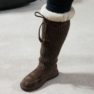 Ugg Sweater and Shearling Boots